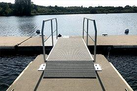 floating pontoon